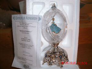 Collectible CINDERELLA Crystal FABREGE EGG with Cert of Auth London Ontario image 1