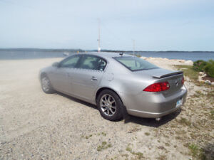 BUICK LUCERNE CXL WITH ONLY 67,OOO MILES OR 107KM