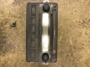 2004 Toyota Tundra Raido/CD Player