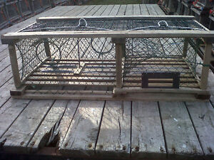 25 square lobster traps with offset heads