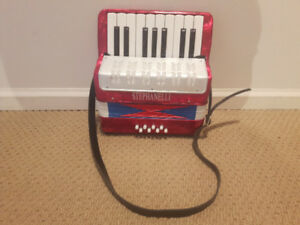 Stephanelli 8 Bass Childs Toy Accordion (excellent condition)
