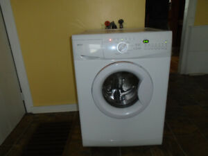 Washer Maytag For Parts or Repair ( Whirlpool) MHWC7500YW-0