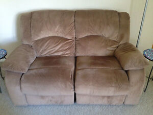 New Excellent Condition Reclining Love Seat