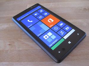 Nokia Lumia 820 deux cameras,8.7 Mpix,unlocked 100%