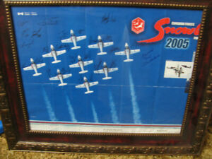 ROYAL CANADIAN AIR FORCE SNOWBIRDS AUTOGRAPHED POSTER  FRAMED