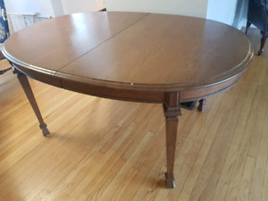 Dining set table leaf 6 chairs hutch