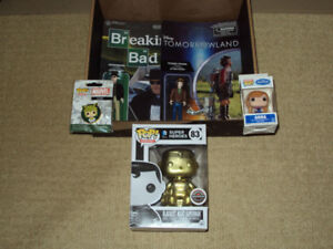 FUNKO POP GOLD SUPERMAN GAMESTOP EXCLUSIVE, LOKI PIN