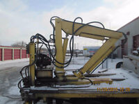 Truck or Trailer mounted hydrolic crane