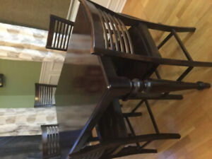 Counter Height Dining set with 6 chairs