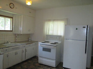 Don't miss out on this affordable, 1 bedroom, 4pc bathroom home Regina Regina Area image 3