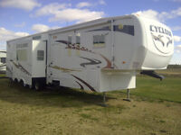 2008 Cyclone 4012 - Toy Hauler ***Price Reduced by $5000***