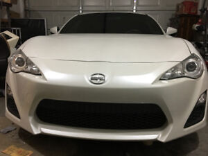 2013 scion frs low kms (priced reduced)
