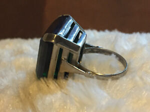 Cocktail ring. Sterling silver. Size 6 1/2