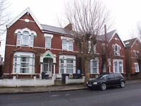 AMAZING & SPACIOUS 3 BEDROOM GARDEN APARTMENT IS LOCATED IN TURNPIKE LANE WITHIN WALKING DISTANCE TO