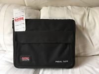 Gator GPT-BL-PWR Pedalboard With Bag