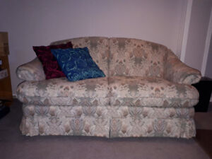 Loveseat, excellent condition