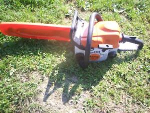 STIHL CHAIN SAW WITH 13 INCH BAR