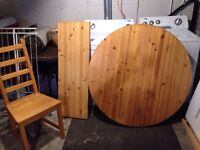 Pine dining set oval/round with four chairs