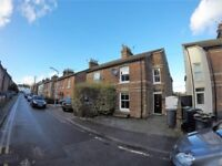 3 bedroom house in Albert Road, Tonbridge, TN9