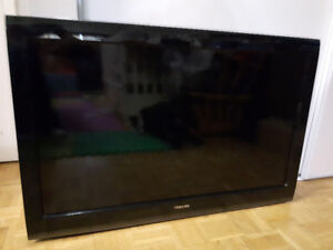 40 inchesToshiba LCD TV Sound OK Dark Picture