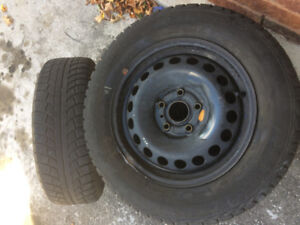 2 Winter Tires 195 65R 15 Gislaved North Frost 5.