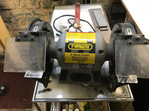 Trade master 8 inch Bench grinder and vice