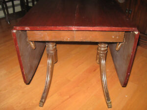 OLD BEAUTIFUL ANTIQUE DROP LEAF WOODEN TABLE w Tiger feet