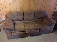 Sofa et chaise a vendre