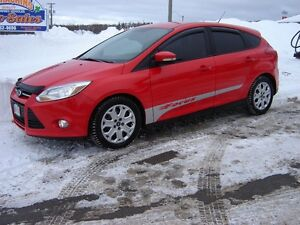 2012 FORD FOCUS SE***HEATED SEATS***HATCHBACK***