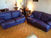 Causseuses en Cuir Mauvre ***sofas ** Purple Leather Loveseats