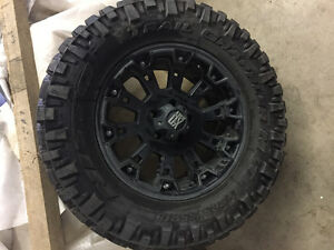 Jeep - 5 Nitto Terra Grappler/XD Series Wheel Combo