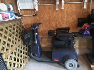 Motorized Scooter (needs new battery) LOCATED IN BARRIE