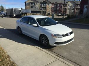 2014 Volkswagen Jetta Trendline Sedan -- Accident Free