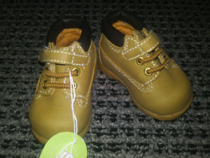 Infant size 2 Ugg- like Boots