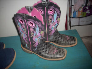 Ariat Boots Size 8.5