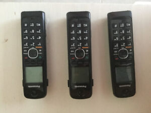Panasonic Cordless phone with 3 Handsets