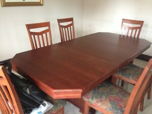 Bermex dining table with 6 chairs