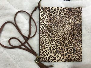 Crossbody tiger print