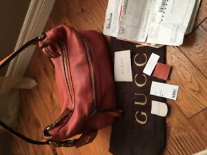 Gucci bag authentic with receipt, pick up in Guelph