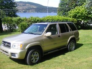1999 Nissan Pathfinder LE SUV, Crossover 4x4