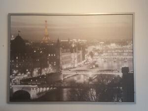 Cadre IKEA ville de Paris - Valur neuf : 80 $ chez IKEA