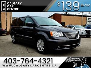 2015 Chrysler Town & Country Limited $139B/W w/ 7 Seater, Back-u