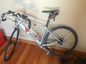 Womens Small Devinci Road bike great condition