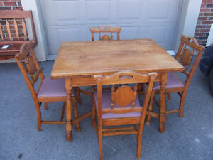 rustic cottage style solid oak dining table and 4 chairs