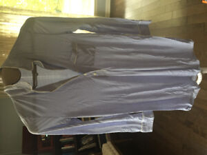 Bundle of maternity clothes-size small