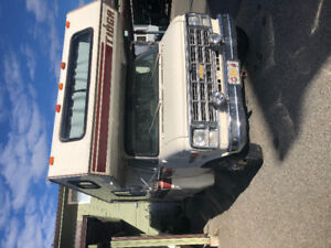 1978 Chevy Tioga Motor Home 22' Long  95,000 KM