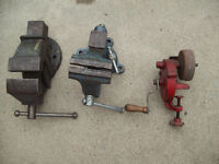 2 vices and hand crank grinder