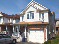 Nice Laurelwood Home Steps from Abraham Erb and SJAM Schools