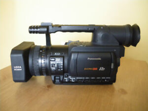 Camera Panasonic AG HVX200 + Carte P2 32GB