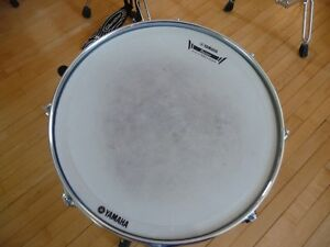snare, hihat et cymbale